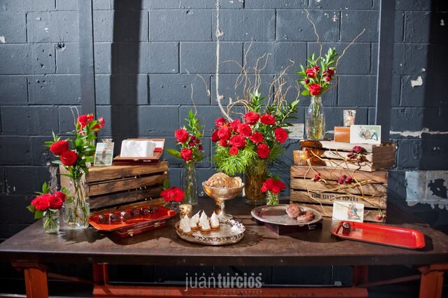 latin speakeasy wedding dessert table