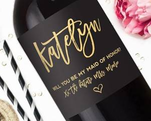 Customized Wine Bottle for Wedding Bridesmaid Gifts
